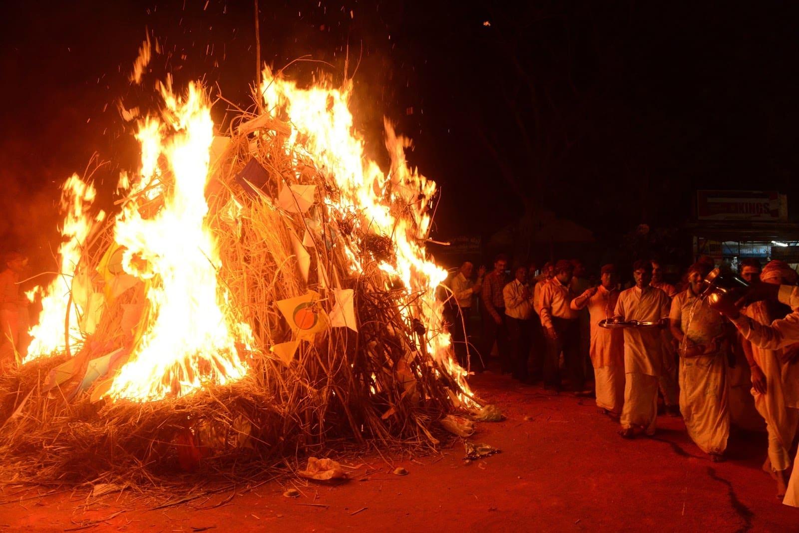 Le rituel de Holika