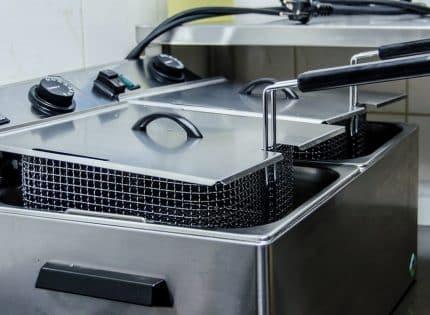 Comment nettoyer facilement une friteuse ?