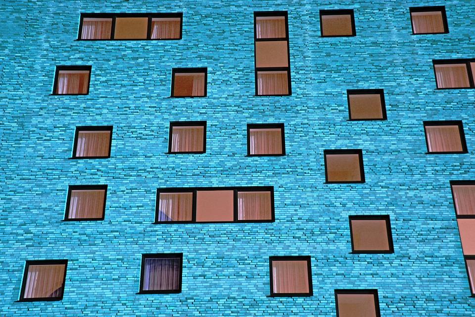 Quel type de revêtement de façade choisir pour une construction de maisons moderne?