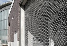 Le rideau métallique pour s'assurer d'une meilleure protection