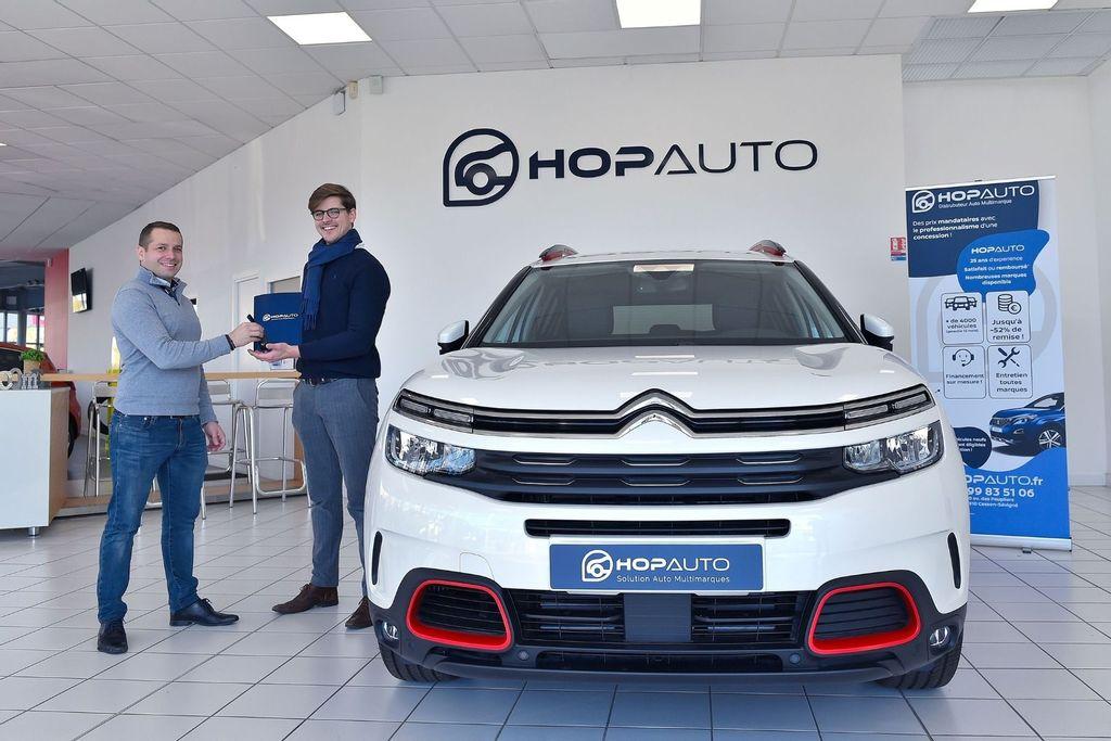 Acheter sa voiture en ligne : pourquoi faire confiance à Hop Auto ?