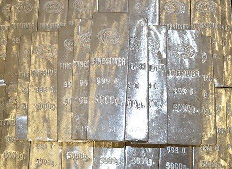 Pourquoi l'argent est moins cher que l'or ?